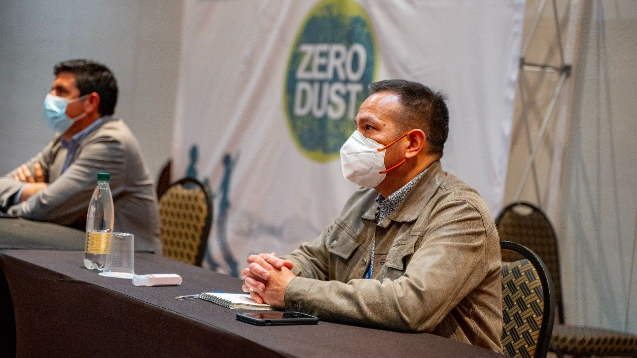 Sierra Gorda y Minera Spence buscan soluciones innovadoras para mejorar la calidad del aire en la zona